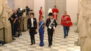 Prinsesse Marie, prins Joachim og prins Nikolai. Prins Nikolai er med til gallataffel for første gang. Når man fylder 18 år, så må man komme med til de voksnes fest.