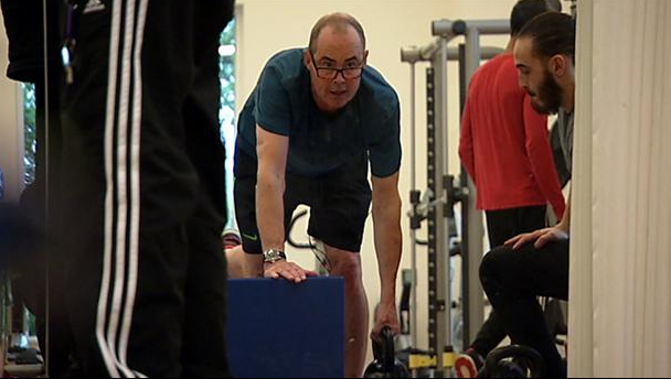 Den fysiske træning har hjulpet Dan Holm Johansen med at vende tilbage til et normalt liv.