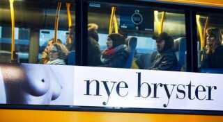Nygart Privathospital har siden 2007 reklameret for brystoperationer på busser. Den omdiskuterede reklame har ad flere omgange bragt sindene i kog - blandt andre hos kvindeorganisationer.