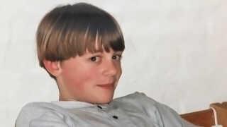 Christian Mogensen var ikke helt tilfreds med sit grydehår, som hans mor havde bestemt til hans konfirmation i 1996.