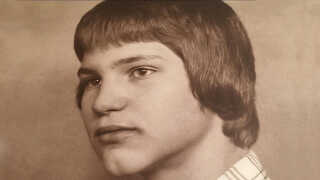 "Lars Wismann er her 12 år gammel i 1970 med ""pokalhår"" som hans mor kaldte det. Fra 'Din historie', P4."