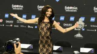 Conchita Wurst til pressemødet efter sejren lørdag aften.