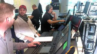 Kasper Lange og hans hold er i gang med at programmere lyset til de 37 acts.