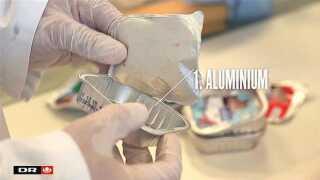 Aluminiumsbakker fra mad kan være fint at genanvende, hvis det er rent. Ellers skal det også regnes med, at der skal bruges vand til rensningen.
