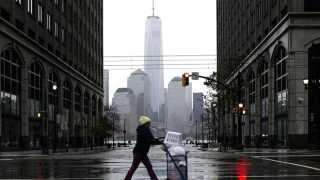 Byggepladsen på Ground Zero har været en konstant påmindelse om de mange tabte liv.