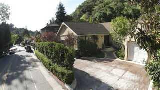 Det var i dette hus i Los Angeles, at Susan Berman i år 2000 blev skudt. Hun var en nær ven af familien Durst og havde fungeret som talsperson for Robert Durst.