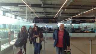 De første Ryanair-passagerer i Danmark ankommer til Kastrup Lufthavn.
