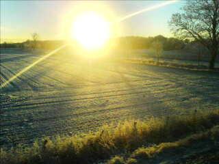 Der er umiddelbart størst chance for solskin denne tirsdag.