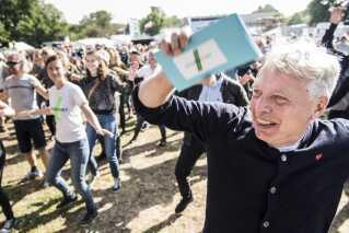 Uffe Elbæk og Alternativet har rundet 11.000 medlemmer.