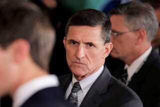 Den tidligere nationale sikkerhedsrådgiver, Michael Flynn, har erkendt, at han har løjet over for FBI.