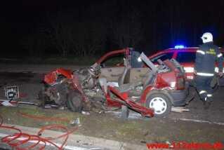 Peter Mortensens bil var så ødelagt efter ulykken, at taget måtte skæres af for at redningsfolkene kunne få Peter Mortensen ud.