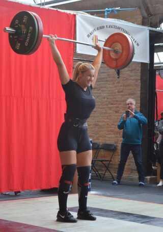 Emma Karlsen har oplevet flere kvinder være interesseret i vægtløftning, efter crossfit er blevet introduceret i Danmark.