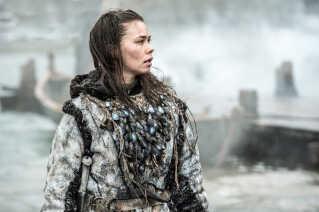 Birgitte Hjort i rollen som krigeren Karsi i 5. sæson af fantasy-serien Game Of Thrones. Desværre overlevede Birgitte Hjorts figur ikke mere end ét enkelt afsnit.