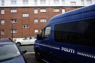 De tre drab, som politiet efterforsker, er sket i et ejendomskompleks på Vangehusvej på ydre Østerbro. Oplysninger til efterforskningen rettes til Københavns Politi på tlf. 1-1-4.