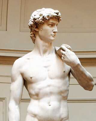 Billedhugger og kunstner Michelangelo lavede denne berømte marmorstatue af den markerede og veltrænede kong David, som henviser til antikken og de græske filosoffer.