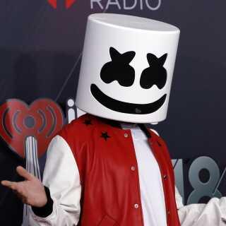 Musikproduceren Marshmello, som Rasmus skal optræde med et nummer af.