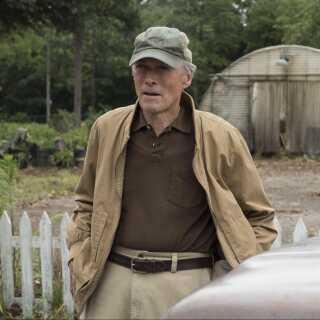 I løbet af sin lange karriere har Clint Eastwood spillet med i mere end 50 film, mens han har instrueret og produceret mere end 30 film.
