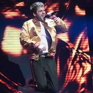 Jamie Talbot på scenen under sidste års 'X Factor'-finale, hvor han med Remee som dommer opnåede en flot andenplads.