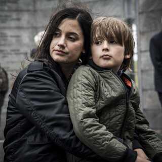 Danica Curcic i rollen som politiefterforskeren Louise i TV2 -serien 'Kriger' fra 2018, hvor hun spiller over for blandt andre Dar Salim og Lars Ranthe.
