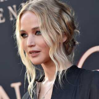 Skuespilleren Jennifer Lawrence har ladet sig fotografere nøgen for at tage ejerskab over sin krop. Lawrence kan lige nu opleves i 'X-Men: Dark Phoenix'.