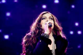 Laura Kjærgaards største oplevelse under X Factor var at synge foran 60.000 publikummer på Rådhuspladsen i København. - Det var ret overvældende, siger hun.