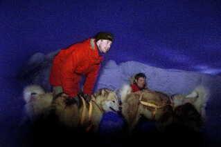Kronprins Frederik på træningstur med slædehundene som forberedelse til ekspeditionen 'Sirius 2000'.