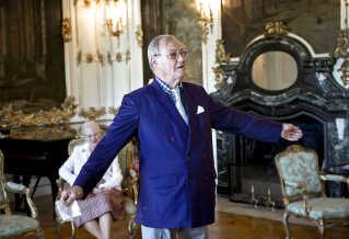 """Her ses prins Henrik præsentere sin digtsamling """"Dans mes Nuits sereines - I mine lykkelige Nætter"""" på Fredensborg Slot tirsdag 27. maj 2014."""