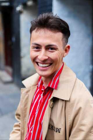 Nicky Andersen er 21 år og opvokset i Virum nord for København.