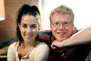 Louise Hart og Sebastian Klein begyndte at lave 'Hulter til Bulter' i 2009. Her dansede og sang de  to værter på et loft fyldt med sjovt og spændende legetøj.