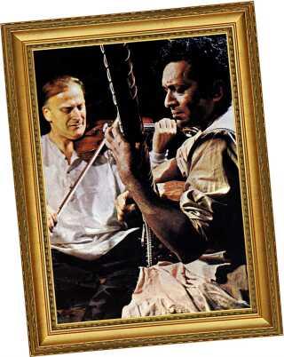 Menuhin i sammenspil med Ravi Shankar omkring 1965