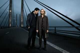 Henrik Sabroe og Saga Norén vender tilbage i DR1s søndagsdramaserie 'Broen IIII'.