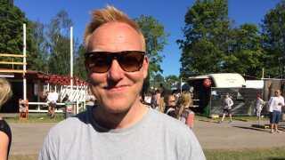 Anders Breinholt har spurgt sin musikkyndige ven, radioværten Tony Scott, om anbefalinger til musikken på Roskilde.