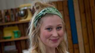 Luna på 20 år er den yngste deltager i Bagedysten nogensinde.