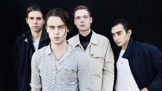 - De unge punkbands i dag som Iceage (billedet) har en anden æstetik. Det er jo et af de mest velklædte bands herhjemme, så stilen er ikke punk, siger modeekspert Chris Pedersen.