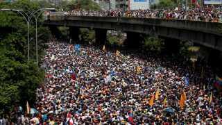 Her ses et udsnit af demonstrationen mod præsident Nicolas Maduro i Caracas.