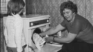Pludselig kunne Karen Nystrup Christensen skifte vaskebrættet ud med en vaskemaskine.