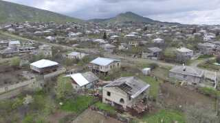 Qarabag FK kommer oprindeligt fra byen Agdam i provinsen Nagorno-Karabkh, der siden slutningen af 1980'erne har været ramt af voldsomme uroligheder mellem etniske armenere og aserbajdsjanere.