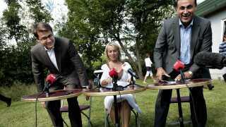 De Konservative anno 2009: Formand Lene Espersen, partiets nye integrationsordfører Naser Khader (th) og justitsminister Brian Mikkelsen  til sommergruppemøde i 2009, året hvor partiet ønsker et burkaforbud.