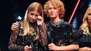 Følelserne sad helt uden på tøjet for Sol og Christian i X Factor i fredags.