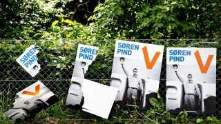 Det famøse billede fra Afrika brugte Søren Pind fire år efter på en valglakat.