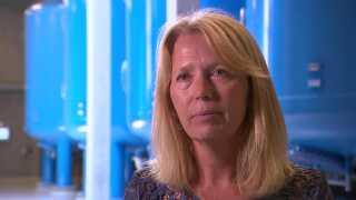 Hos Hovedstadens forsyning, HOFOR, har de fundet pesticidresten Dimethylsulfamid på 8 af deres 14 vandværker. Det fortæller Ann-Katrin Pedersen, leder for Vandkvalitetssektionen i HOFOR. (Foto: DR)