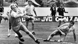 Ivan Nielsen (th.) var en fast del af den stærke danske defensiv i 1980'erne.
