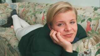 Det er over 20 år siden, at Robyn - født Robin Miriam Carlsson - slog igennem. Nu er hun tilbage med ny musik.