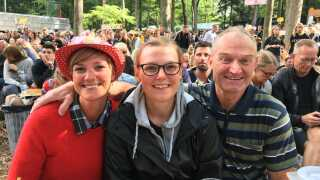 Bent Andersen med døtrene Christina Bjerring og Anja Lindhardt.