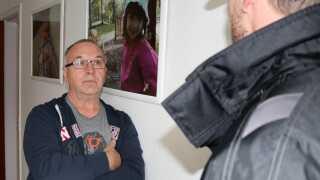 Mirsad Pezic bor i Sundparken med sin hustru. De to døtre er flyttet hjemmefra for at studere i Aarhus. Ægteparret føler sig trygge i Sundparken.