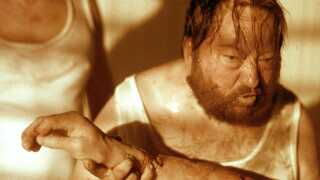 Det er ikke første gang, 'The House That Jack Built'-instruktøren har givet os blod, gys og groteske scener. Kasper Lundberg ser tilbage på Lars von Triers tv-succes, 'Riget'.