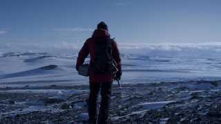 'Arctic' blev optaget på bare 19 dage. Holdet bag filmen var nødt til at aflyse 11 optagedage på grund af dårligt vejr.