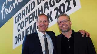 Her ses Joachim Andersen sammen med løbsdirektøren for Tour de France, Christian Prudhomme.