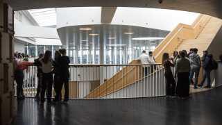 Undervisningsminister Merete Riisager (LA) blev i går overfuset under et besøg på Ørestad Gymnasium.