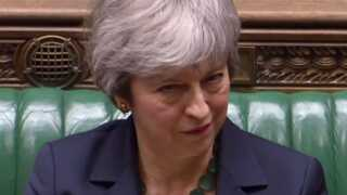 Den britiske premierminister, Theresa May, har mere travlt end ventet.